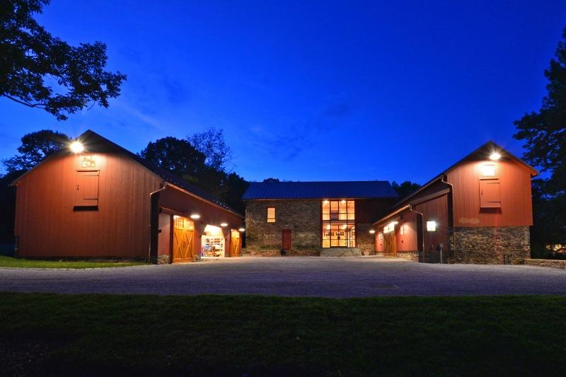 barn night10