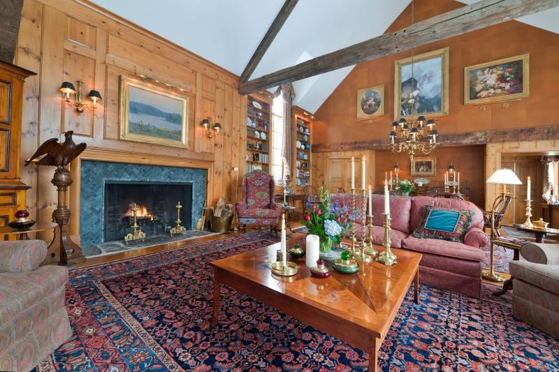 LG-Dulaney-Hullins-Great Room1